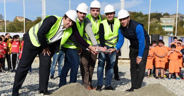 კასპში საერთაშორისო სტანდარტების სტადიონის მშენებლობა დაიწყო